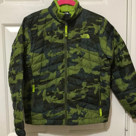 The North Face Other - Boys Green Camo Jacket by The North Face sz M